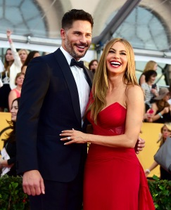 1422234924_sofia-vergara-joe-manganiello-zoom